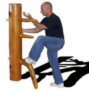 mannequin pour le judo travail-au-mannequin-en-bois2-291x300